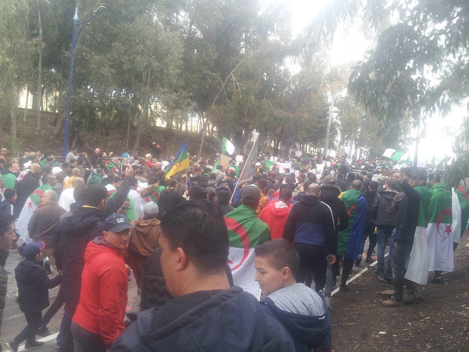 FLN : Soutien au mouvement populaire